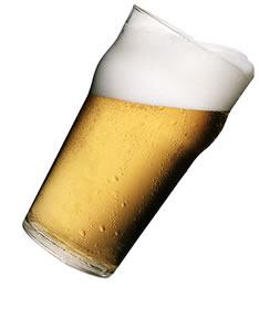 Nos bebimos unas cervezas en el Bar Snookers (muy recomendable) hablando sobre BI