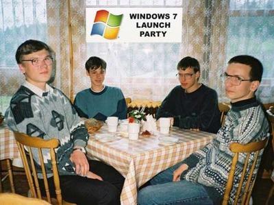 Organizadores de la fiesta de lanzamiento de Windows 7 (ninguno de ellos guarda relación alguna con el blog Business Intelligence fácil)